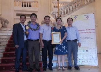 http://rosix.com.vn/cong-ty-cp-rosix-pharma-nhan-giai-thuong-san-pham-vang-vi-suc-khoe-cong-dong